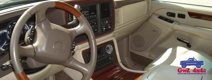 Cadillac-Escalade-EXT3