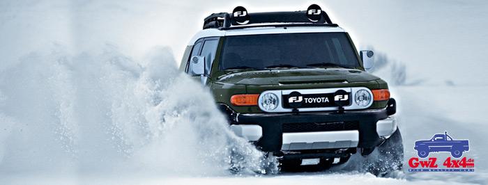 Toyota-FJ-Cruser2